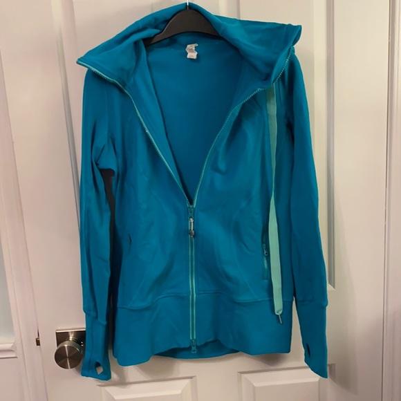 Like new beautiful blue Lululemon longer hoodie